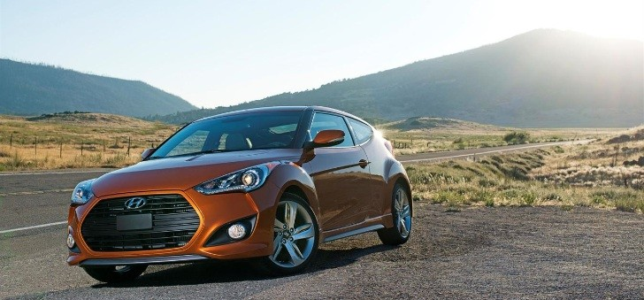 Veloster Turbo Named Best Sports Car by Ruedas ESPN