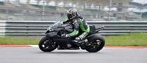 Vermeulen Tests the Kawasaki ZX-10R Racer at Sepang