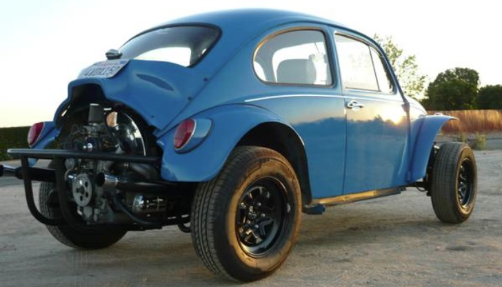 Very Tidy Vw Baja Bug Waiting For You And Summer Days Autoevolution
