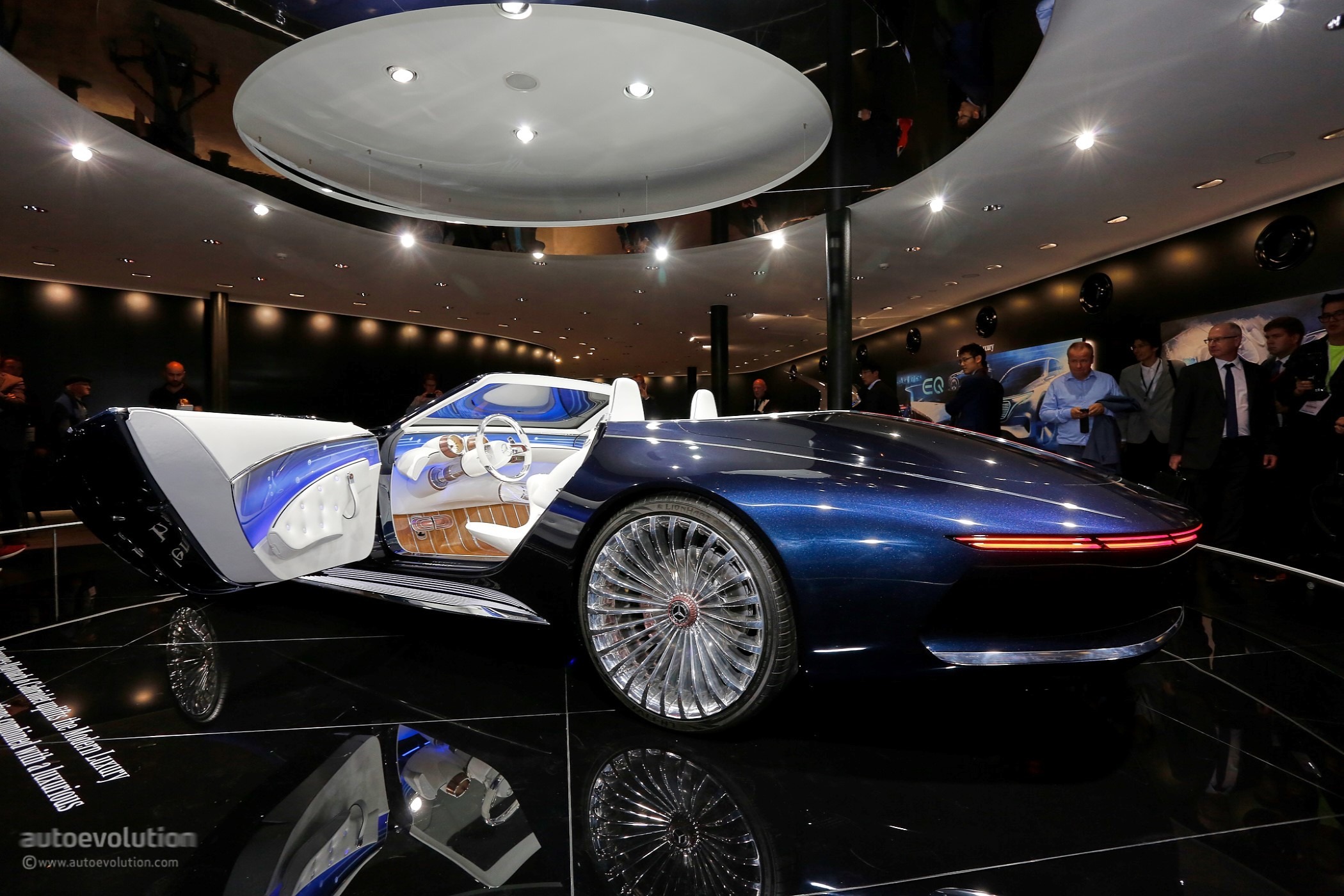 vision mercedes-maybach 6 cabriolet is a staple of luxury at iaa