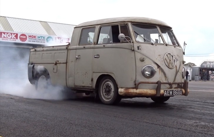 Volkswagen Bus With 560 Hp Subaru Engine Is A Weird Pickup