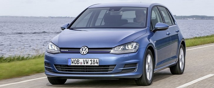 volkswagen golf 7 39 s facelift expected to be launched this spring autoevolution. Black Bedroom Furniture Sets. Home Design Ideas