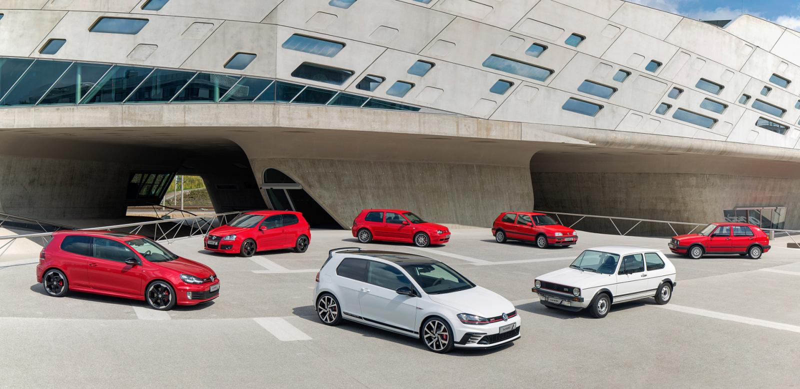 Volkswagen Golf GTI Clubsport S Has 310 HP Is Coming to