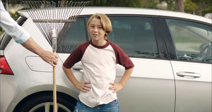 Volkswagen Golf variant Commercial: Duel [Video]