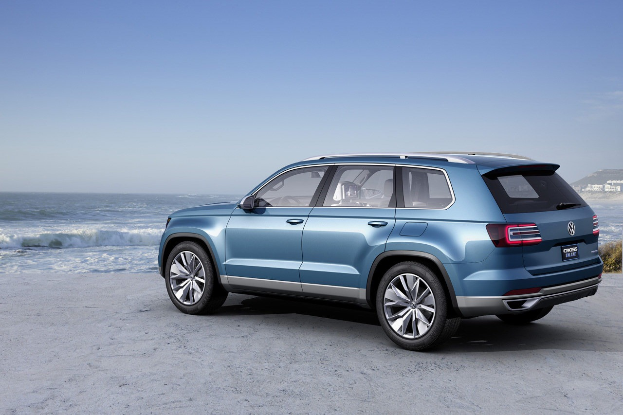 Volkswagen New SUV Concept: CrossBlue Leaked Photos - autoevolution