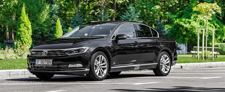 volkswagen passat facelift coming in 2018 with arteon styling autoevolution. Black Bedroom Furniture Sets. Home Design Ideas