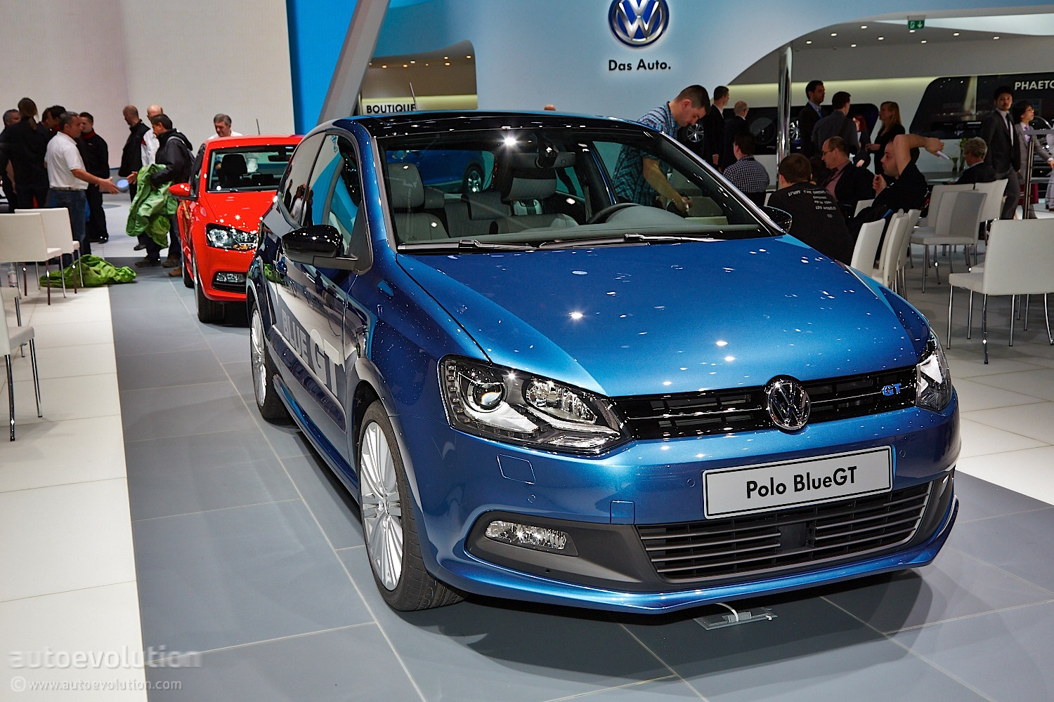 volkswagen polo facelift family detailed in geneva live photos autoevolution. Black Bedroom Furniture Sets. Home Design Ideas