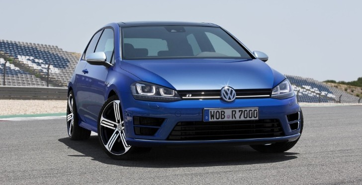Volkswagen Reveals 300 HP Golf 7 : 0 to 100 KM/H in 4.9 Seconds with DSG