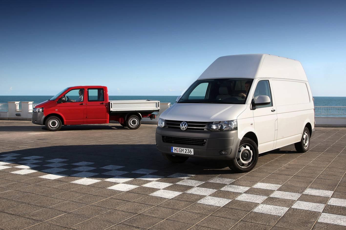 volkswagen shows new transporter caravelle and multivan autoevolution. Black Bedroom Furniture Sets. Home Design Ideas