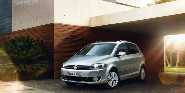 Volkswagen Shows Golf Plus LIFE - To Cost from €21,200