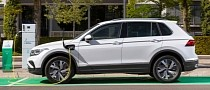 Volkswagen Tiguan eHybrid Revealed with 241 HP and 30 Miles (50 Km) of EV Range