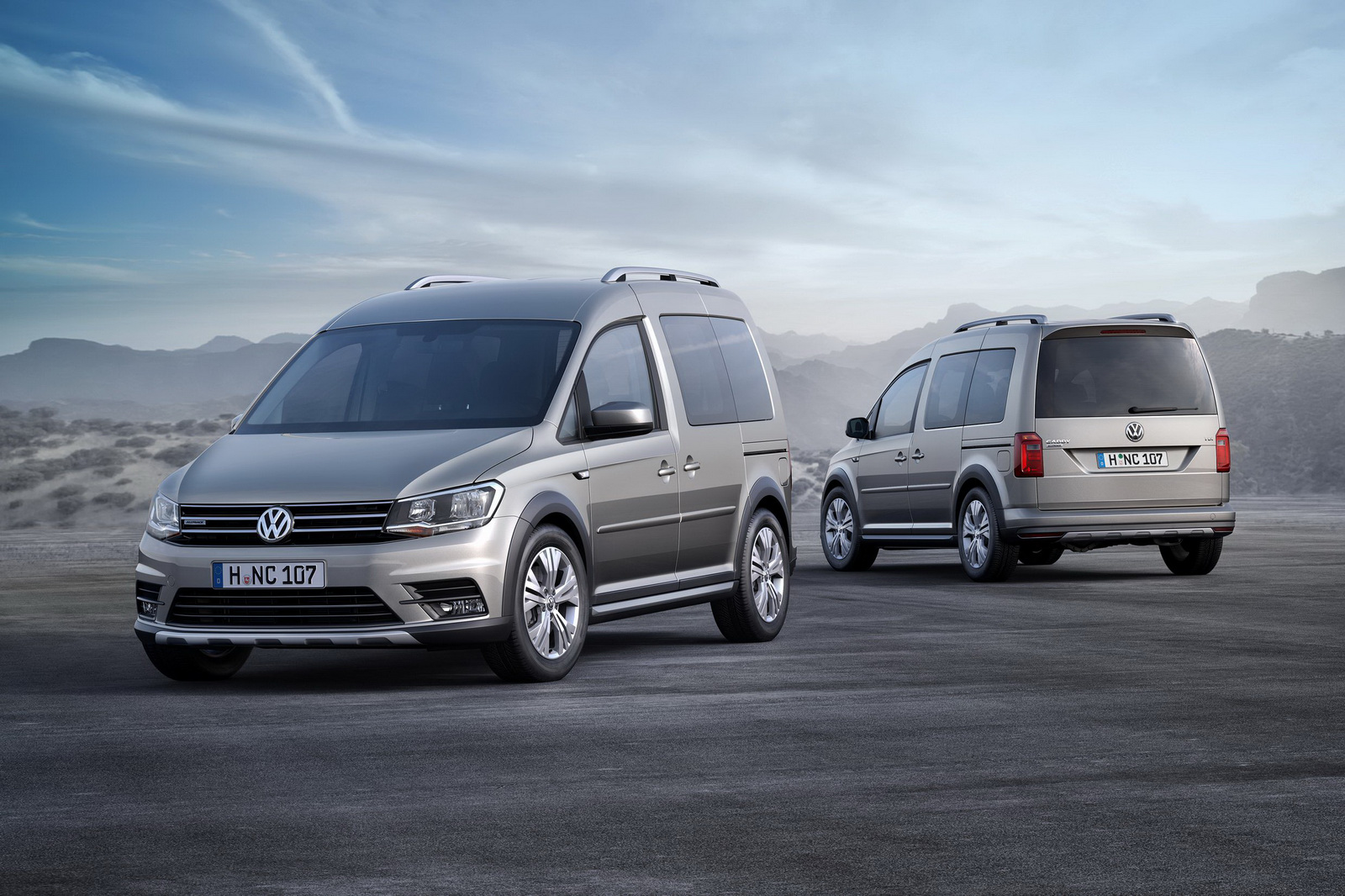 volkswagen unveils all new caddy alltrack with rugged. Black Bedroom Furniture Sets. Home Design Ideas