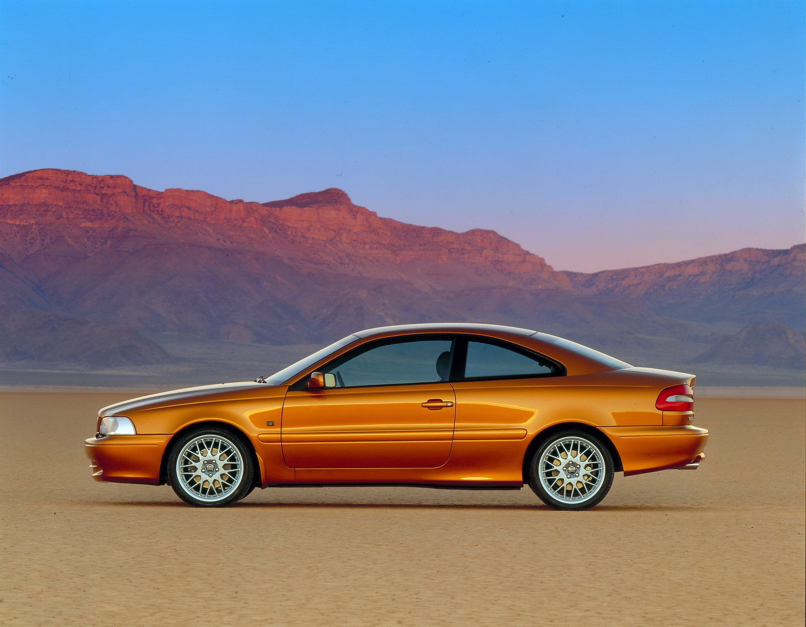 Volvo C70 Celebrates 20th Birthday Still Looks Sleek