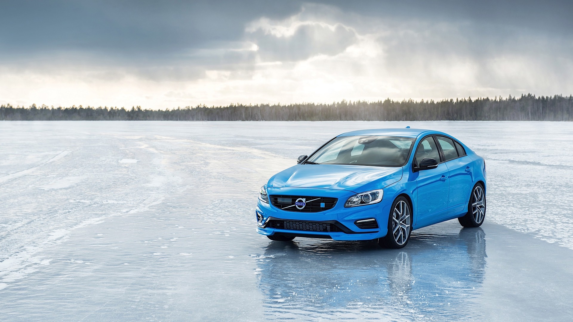 auto and debut photos chicago show news h polestar live at volvo