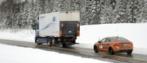 Volvo Concludes First SARTRE Vehicle Platooning Demo Test