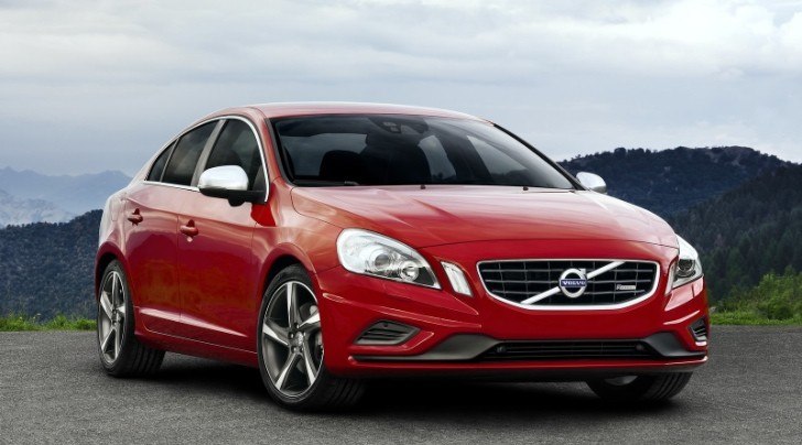 Volvo Fined for Delaying Recalls
