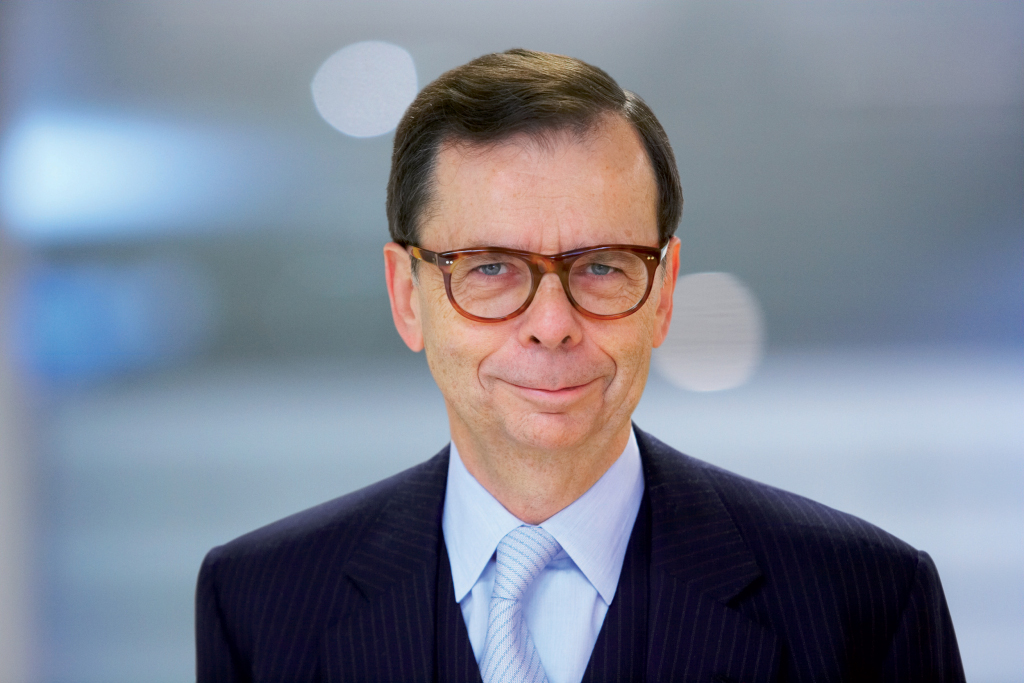 volvo names new chairman of the board