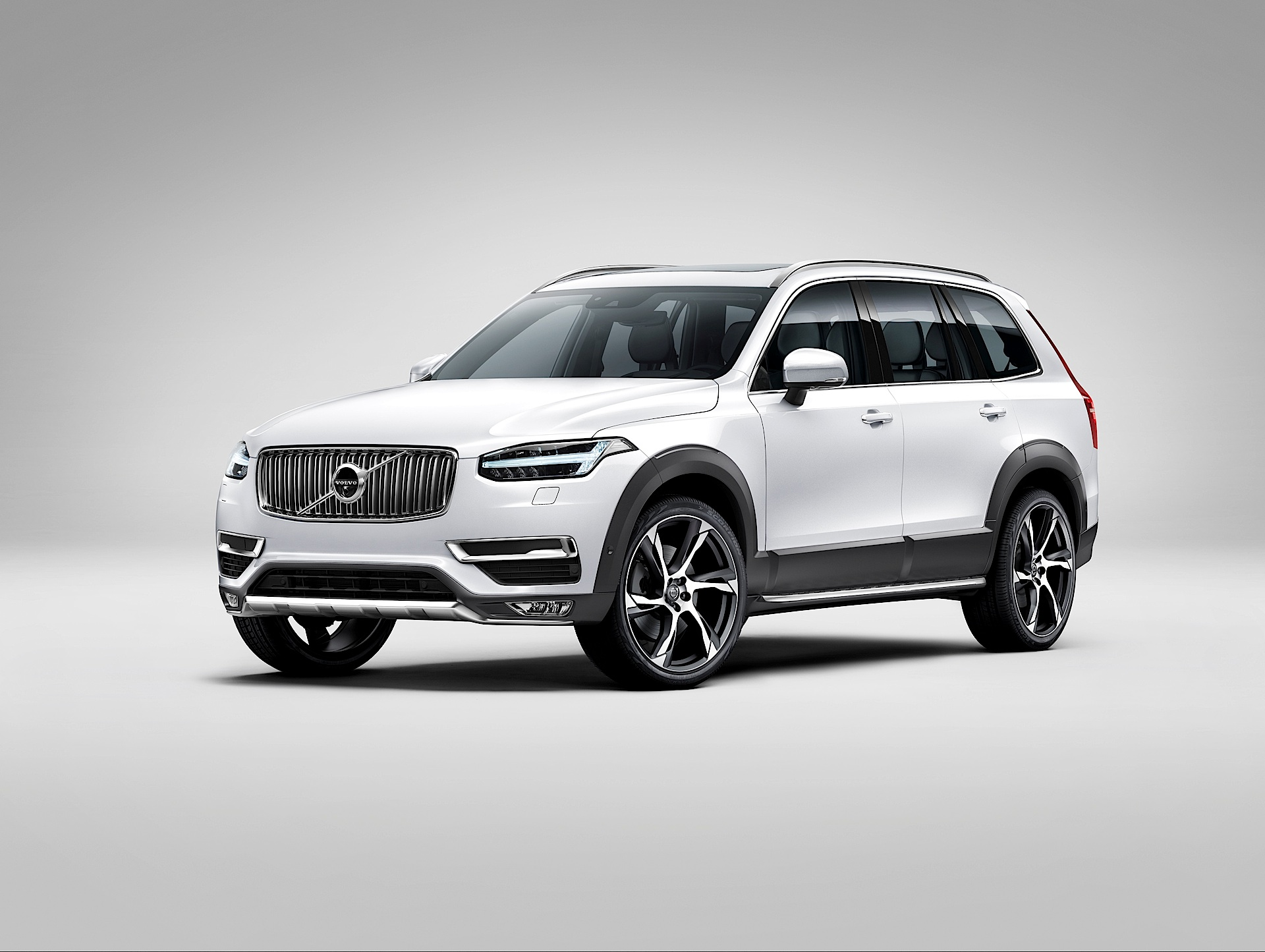Volvo S Xc90 Suv Has A Red Key It Comes With Speed And