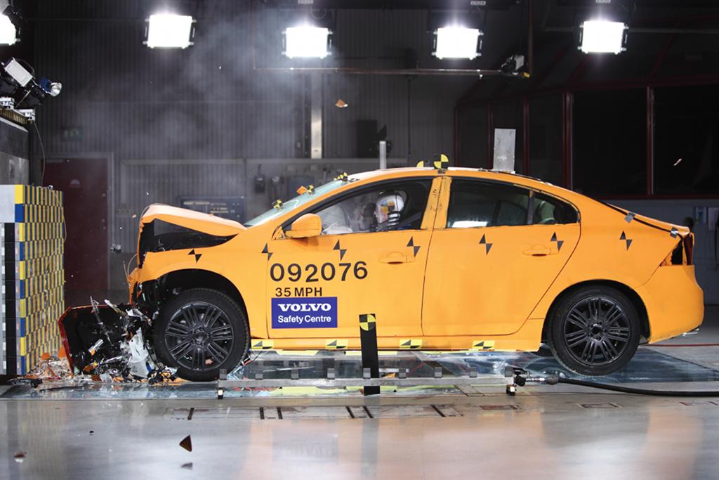 Volvo's Crash-Test Laboratory in Torslanda Turns 10 This Year - autoevolution