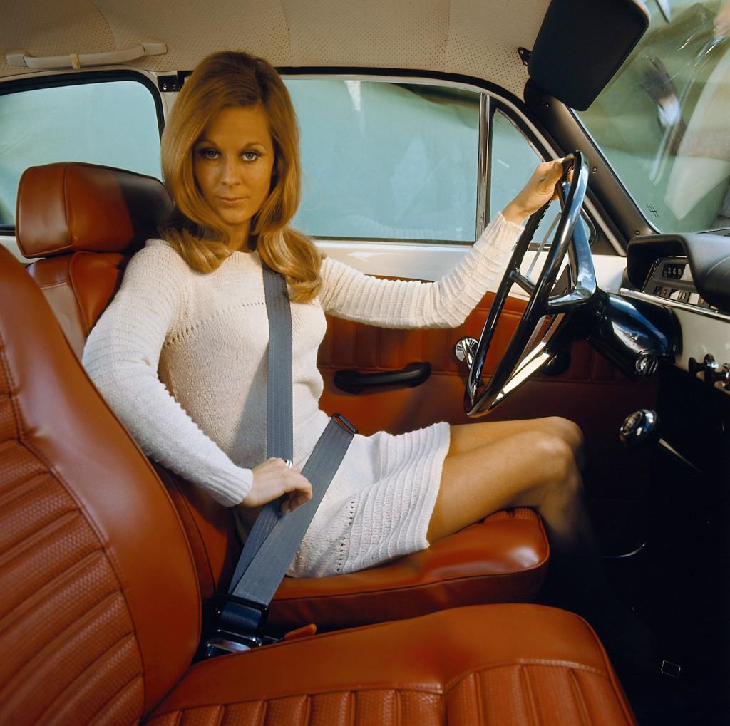 Секс на водительском сидение 16 фотография