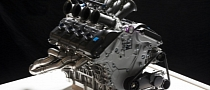 Volvo Shows 5.0-liter V8 Engine for Australian V8 Supercar Championship