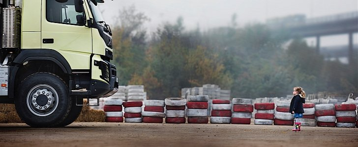 Volvo Trucks Is Preparing Another Epic Live Test, and Here Is the Teaser - autoevolution
