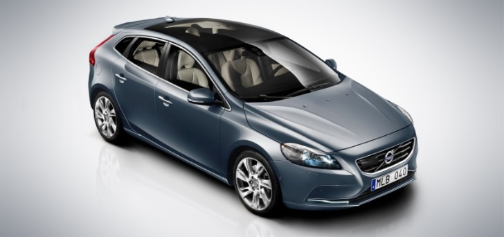 Volvo V40 and V40 Cross Country to Debut in India