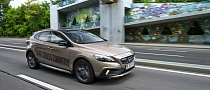 Volvo V40 Cross Country Goes on Sale in Australia