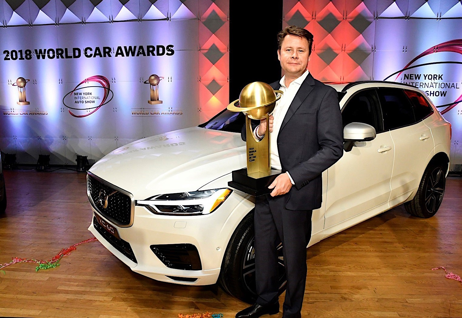 2018 Volvo XC60 Takes World Car of the Year Title ...