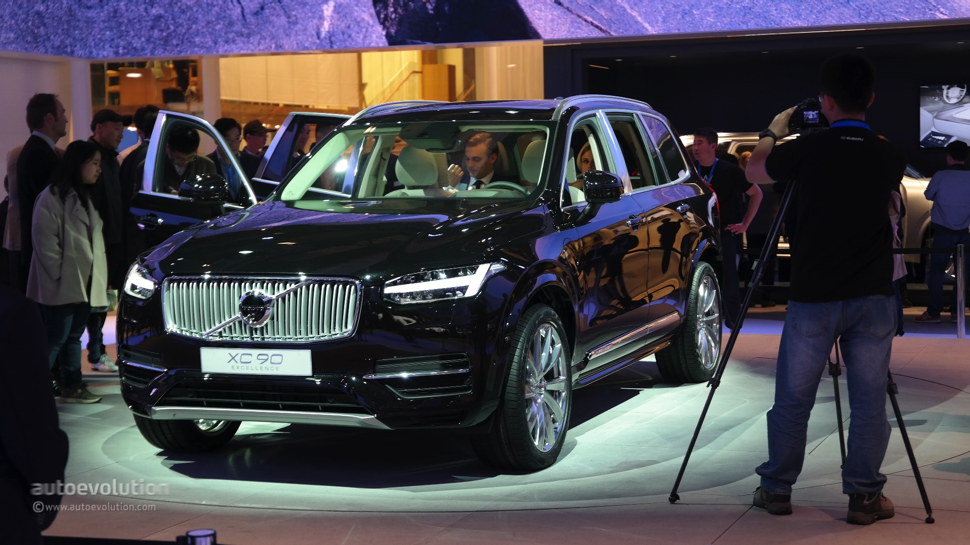 Volvo's XC90 Excellence Edition Feels Shy of What Was Promised in Shanghai - autoevolution