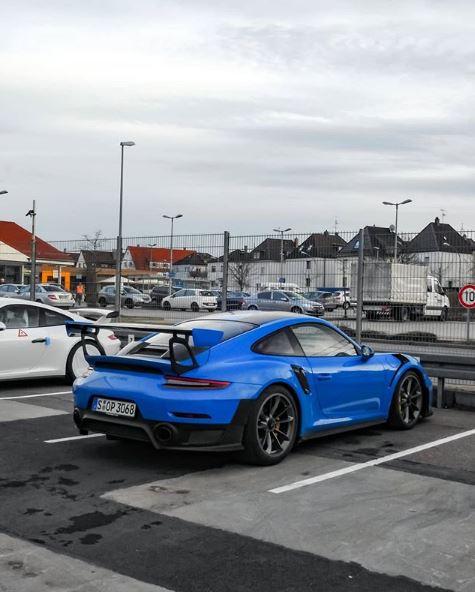 Voodoo Blue 2018 Porsche 911 GT2 RS Looks Stunning - autoevolution on riviera blue, porsche black and blue, columbia blue,