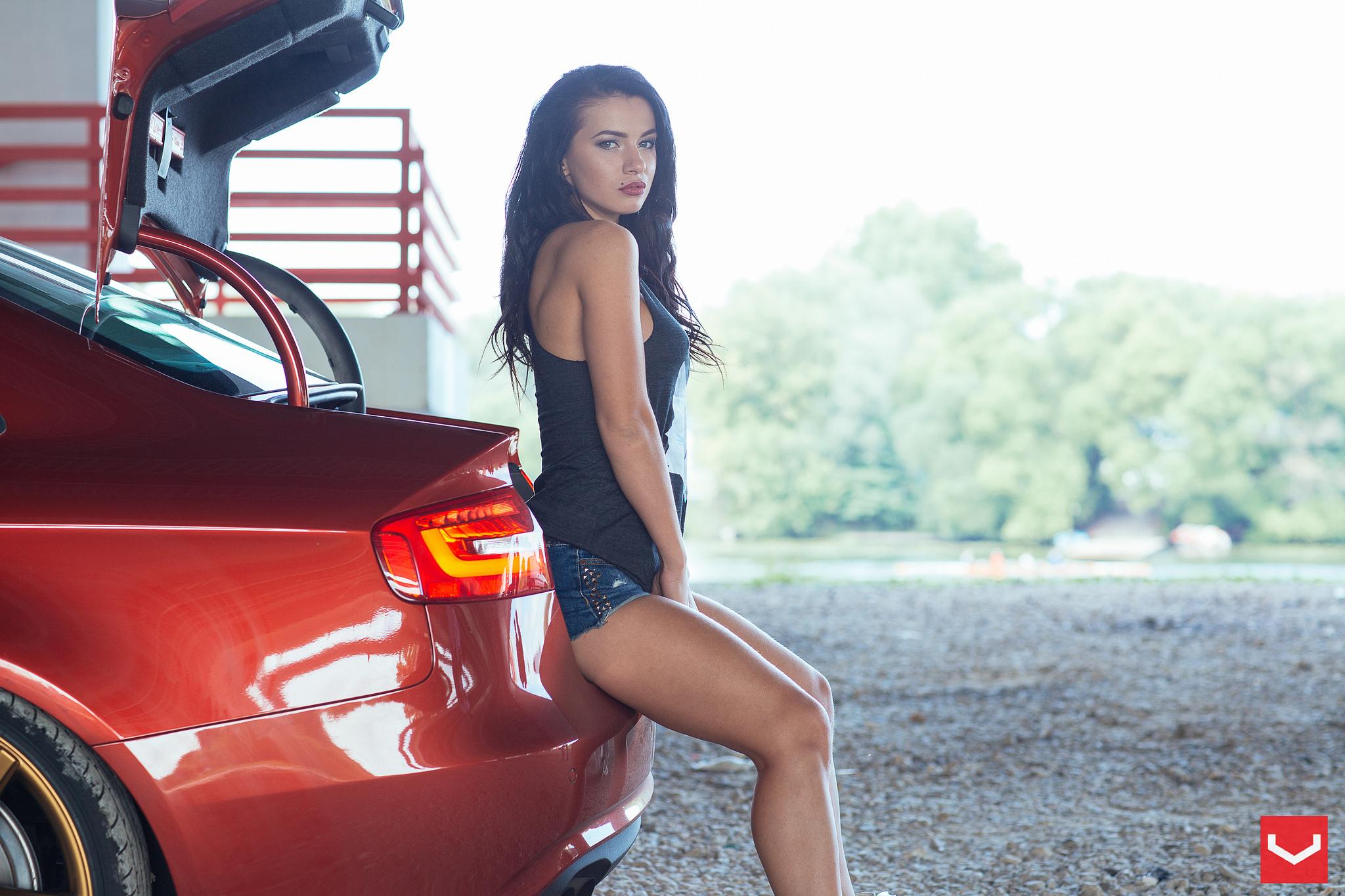 Vossen Wheels Visit Russia Audi Infiniti And This Girl Video Autoevolution
