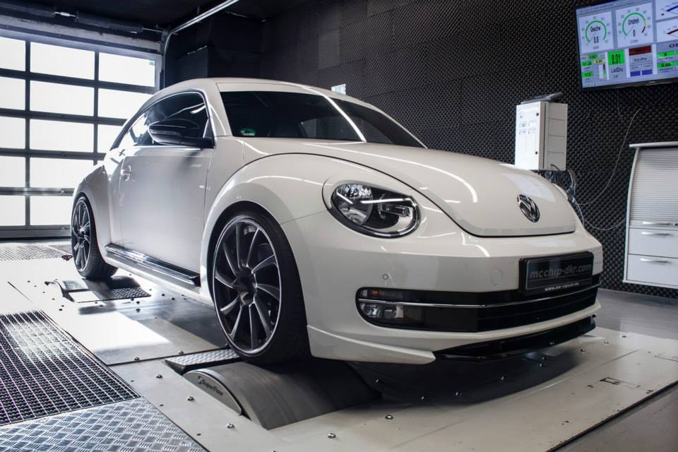 VW Beetle Gets 256 HP Performance Upgrade From Mcchip DKR