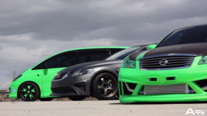 Watch a Bagged Toyota Estima and Lexus GS 350 [Video]