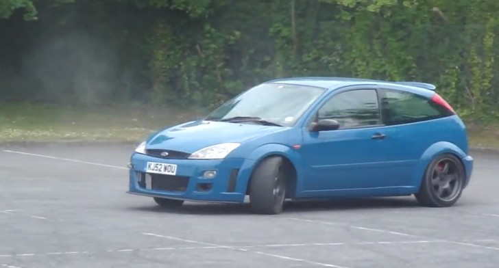 watch a ford focus v8 rwd conversion drift its way into your heart autoevolution. Black Bedroom Furniture Sets. Home Design Ideas