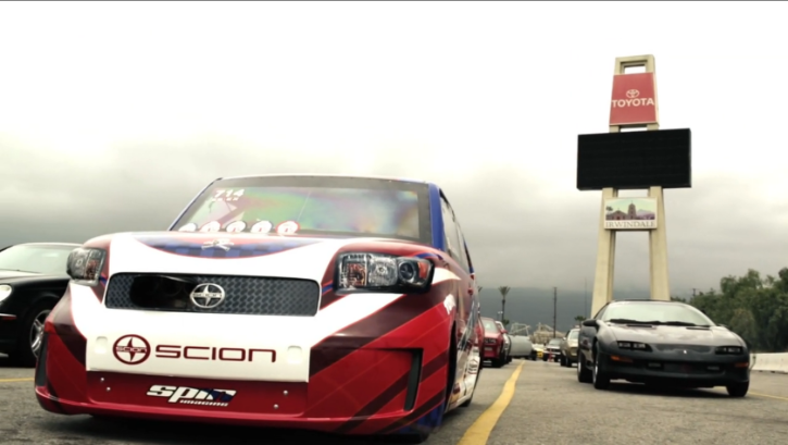 Watch a Hardcore Scion xB Drag Racing [Video]