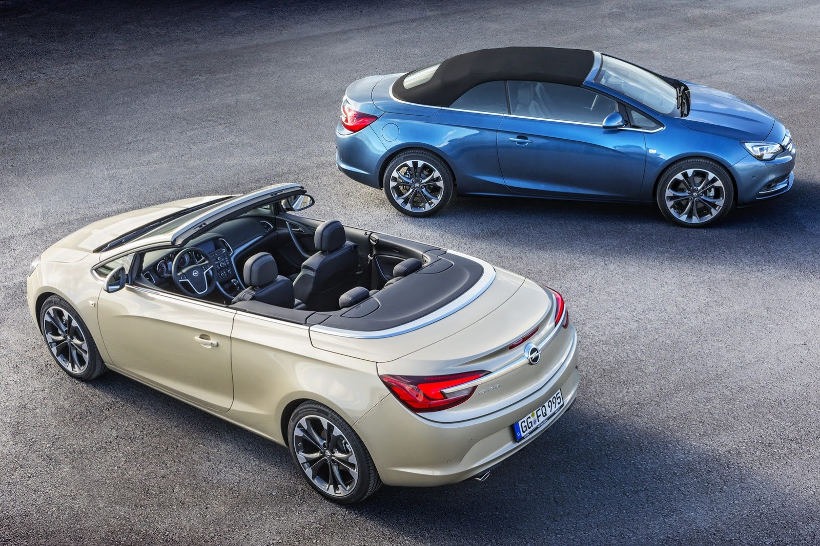watch how opel 39 s cascada closing its soft top in seconds autoevolution. Black Bedroom Furniture Sets. Home Design Ideas