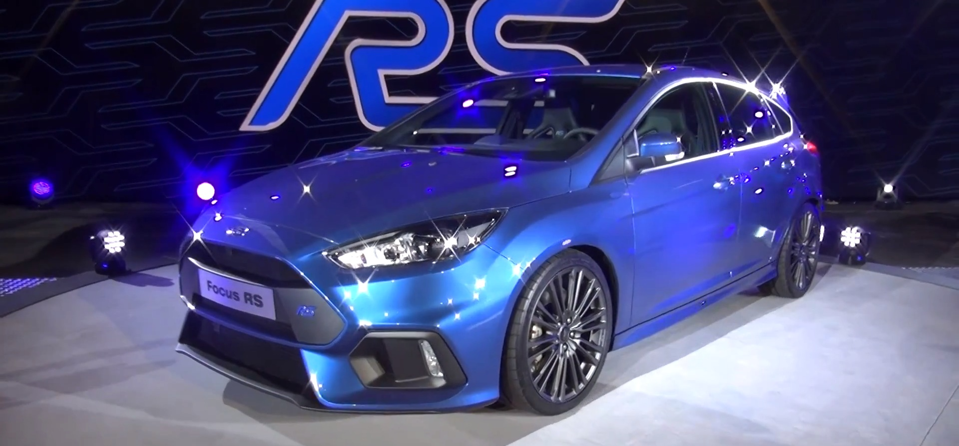 watch ken block hoon the focus rs in cologne and listen to the exhaust autoevolution. Black Bedroom Furniture Sets. Home Design Ideas