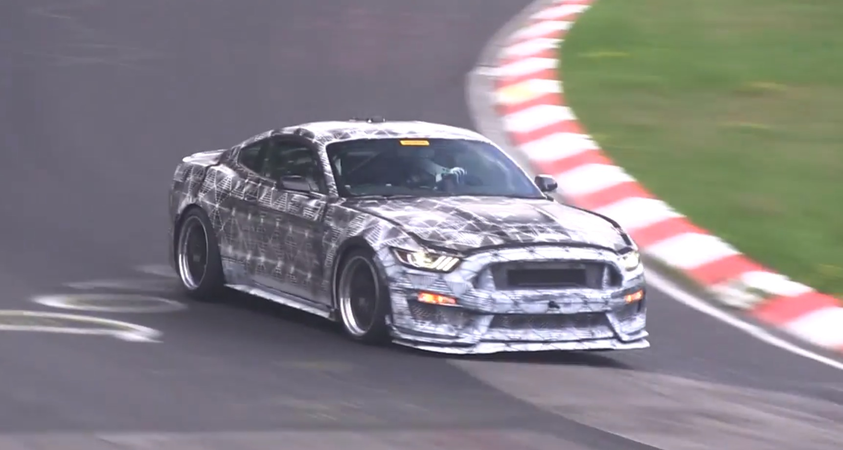 2016 ford mustang shelby gt350 sounds like a racecar on the. Black Bedroom Furniture Sets. Home Design Ideas