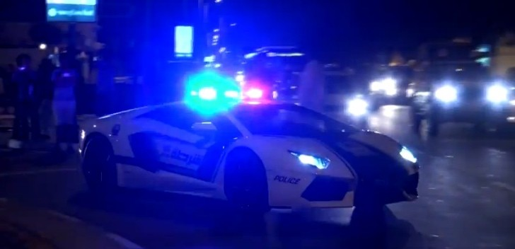 Watch the Dubai Police Lamborghini Aventador Stun the Crowds [Video]