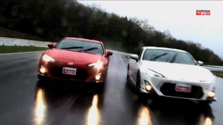 Watch Two TRD Toyota GT 86 Having Fun On the Track [Video]