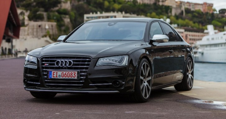 What a 650 HP Audi S8 by MTM Is Like [Video]