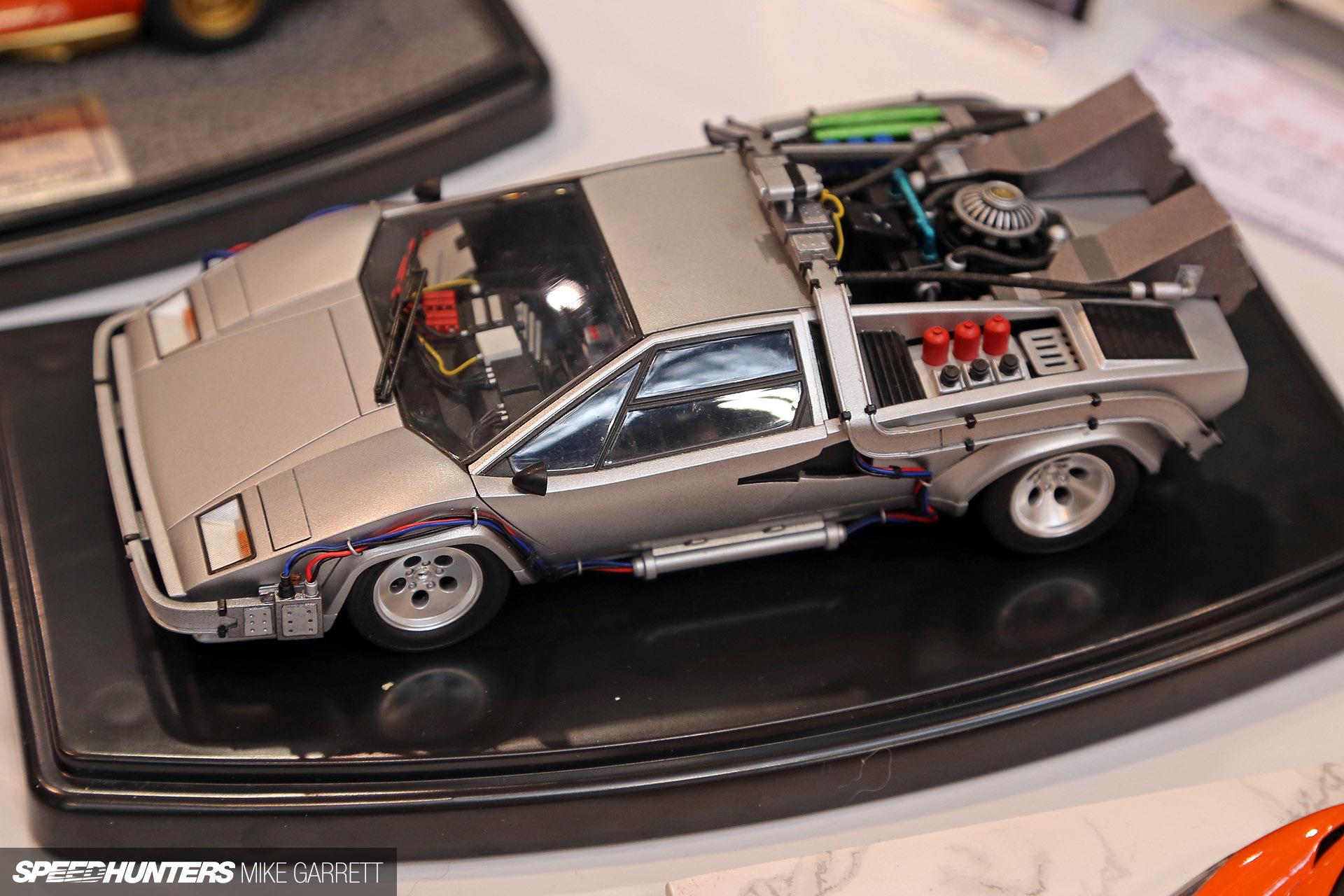 What If Back To The Future Time Machine Was a Modified Lamborghini ...