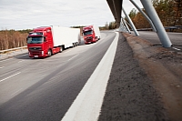 Volvo FH 4x2 trucks used in the test