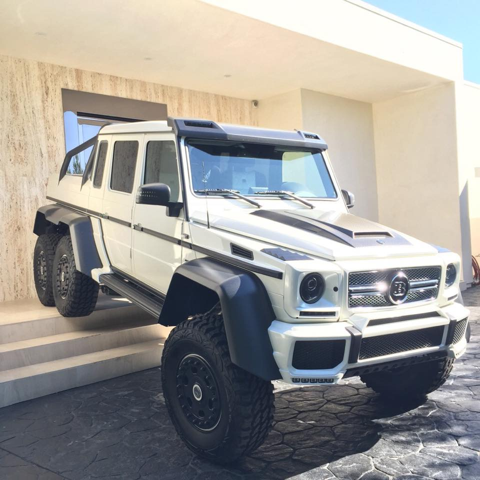 When Dan Bilzerian Parks His Brabus G63 Amg 6x6 Autoevolution