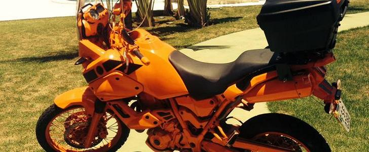When Painting Your Bike Bright Orange Is The Only Way To