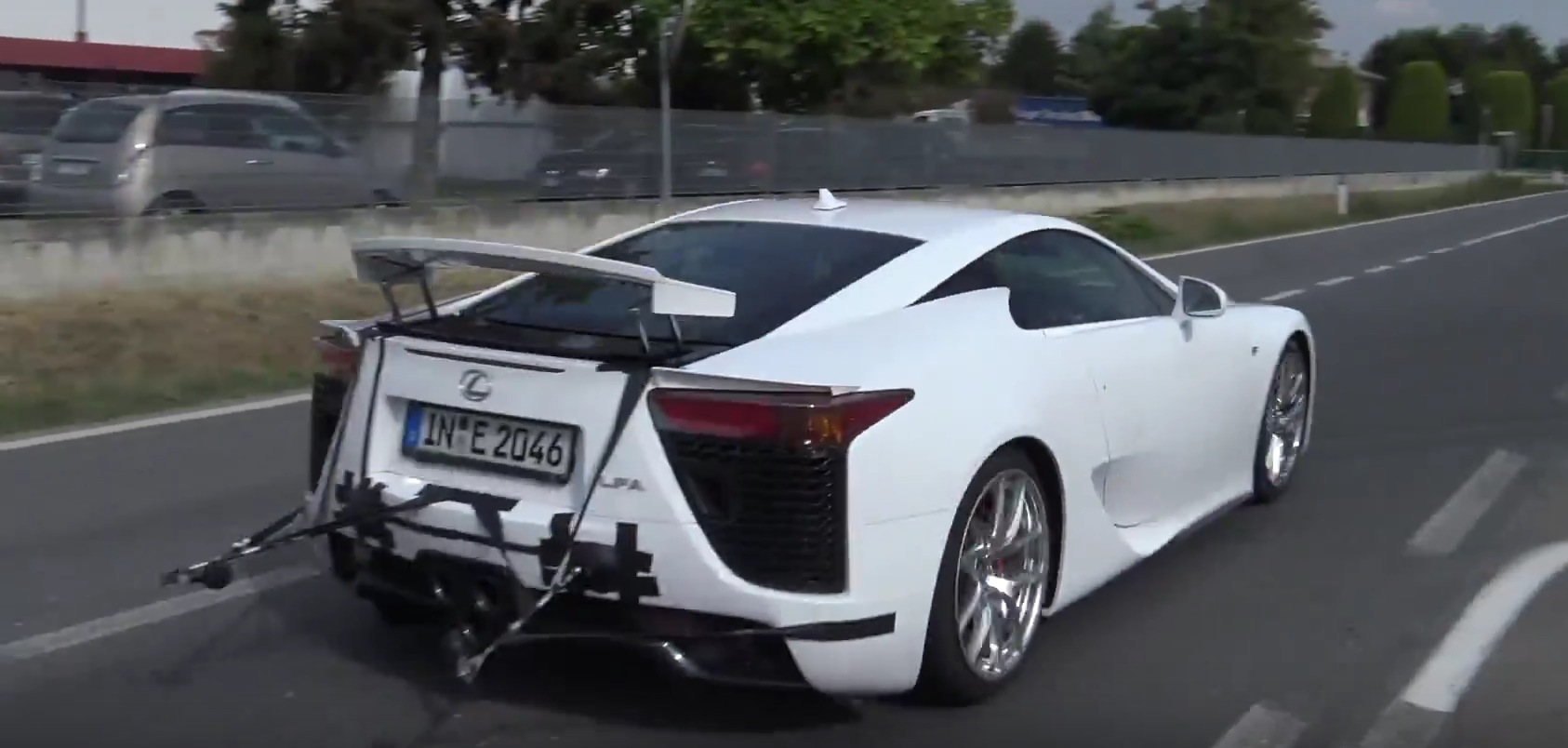 Why Is Lamborghini Doing Sound Tests on a Lexus LFA? - autoevolution