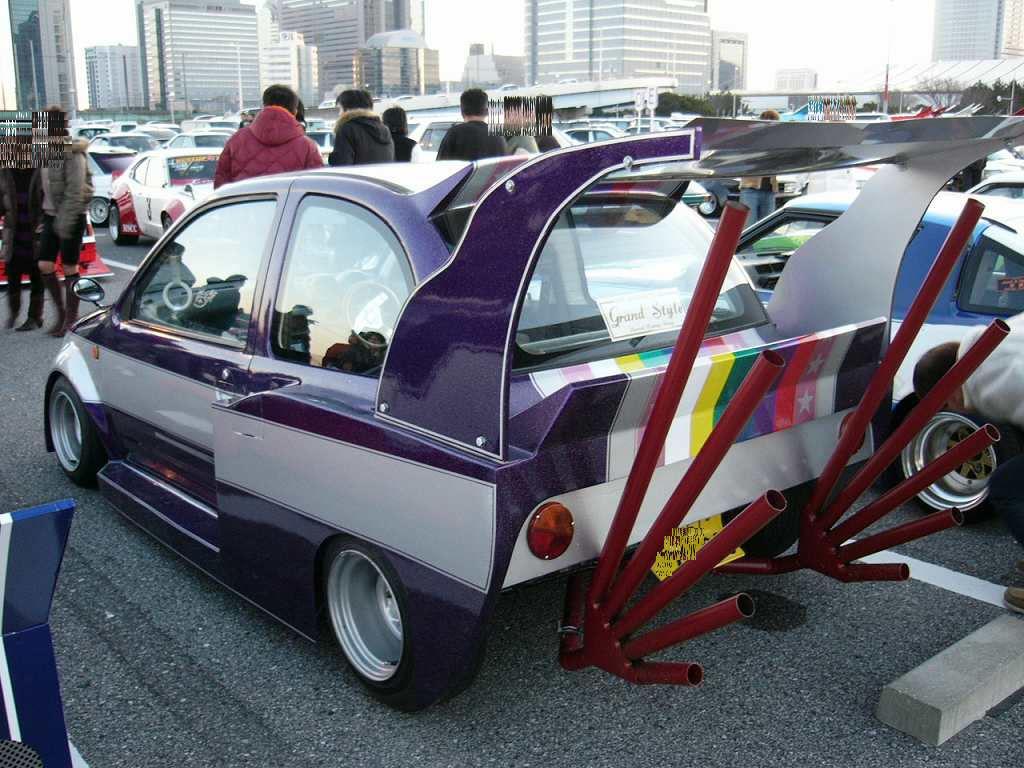 Why Japan Loves Custom Prii And Bosozoku Rides Autoevolution