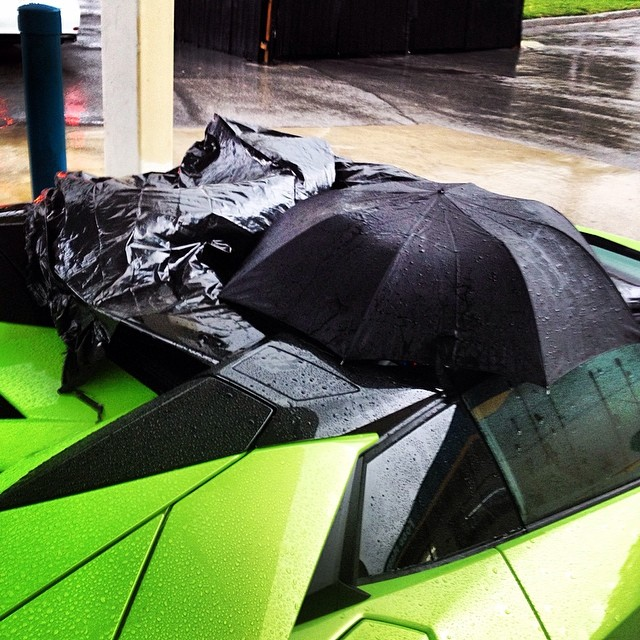 Why The Lamborghini Aventador Roadster S Roof Is A Pain Autoevolution