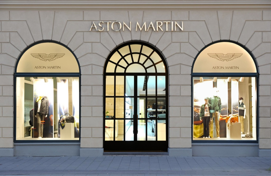 world 39 s largest aston martin store opens in munich autoevolution. Black Bedroom Furniture Sets. Home Design Ideas